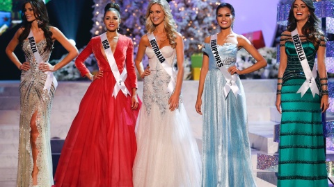 as-5-finalistas-do-miss-universo-2012